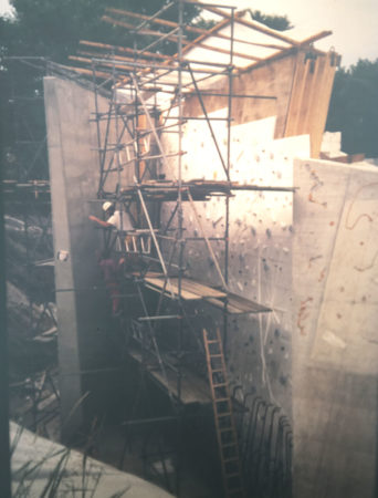 Entstehung Kletter Freianlage, Rohbau der Stützwände